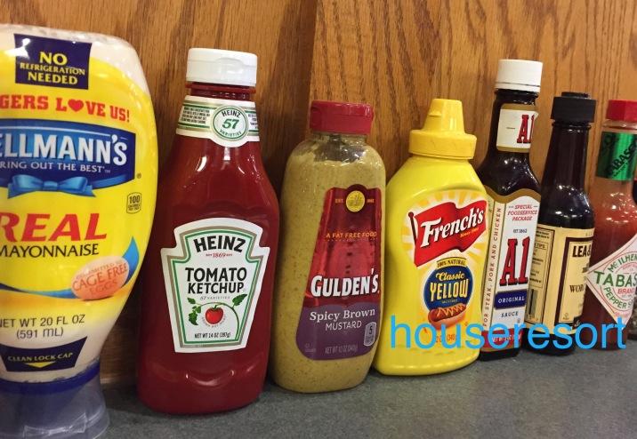 Mayonnaise,ketchup,mustard,A1