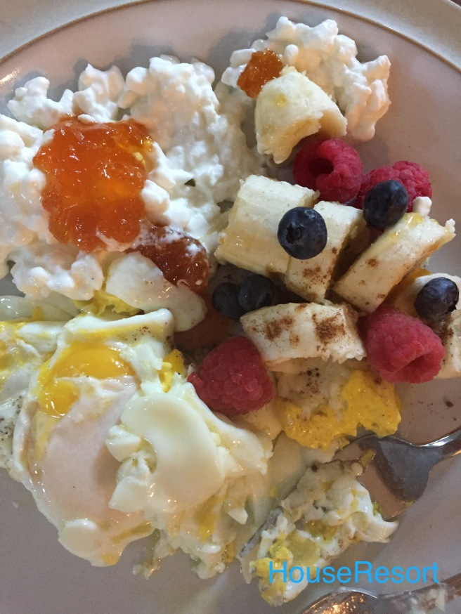 Eggs,bananas,apricot jam,berries,cottage cheese